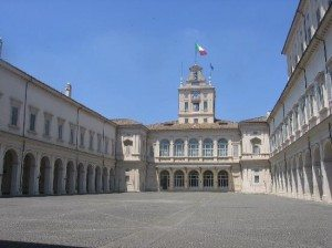quirinale-the-inner-courtyard